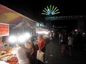 Food vendors at Krabi night market