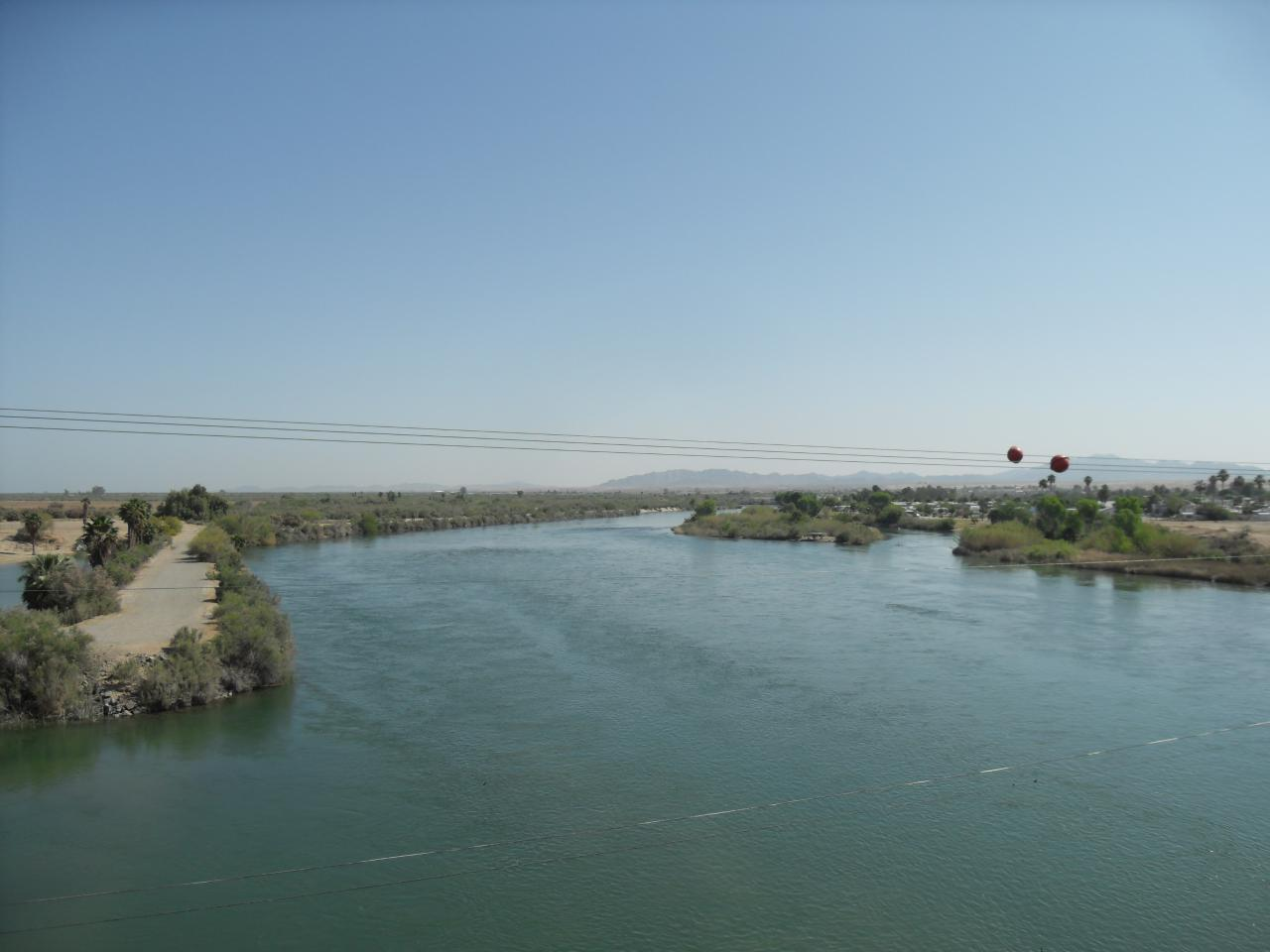 Crossing the Colorado River by bicycle